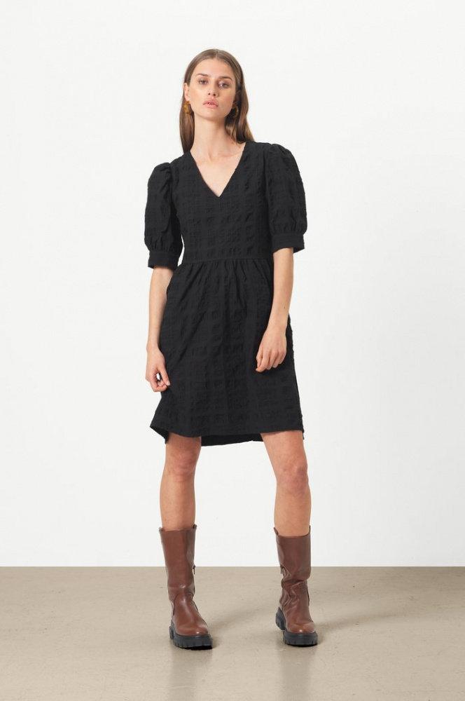 Bilde av  Kale Dress Black